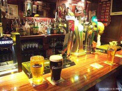 Nejmenší pub v Dublinu - Dawson Lounge