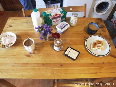 Snídaňový stůl