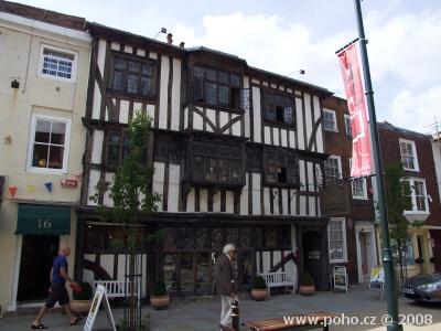 Typická stará architektura