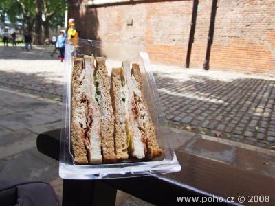 Chicken Slub sendvič