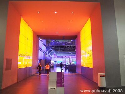 Futuristický interiér Muzea vědy