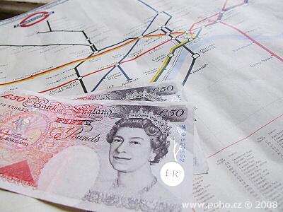 Britské libry a mapa metra
